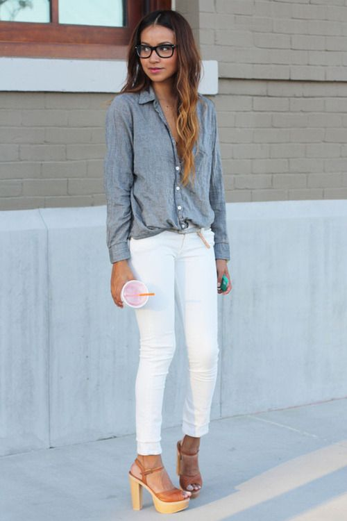 Loose tucked in shirt and white jeans are totally my kind of style ...