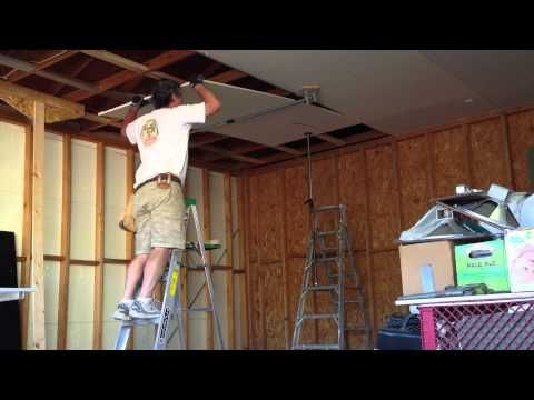 How I Hang Sheetrock Drywall On The Ceiling By Myself Or Yourself Diy Youtube Sheetrock Ceiling Sheetrock Ceiling