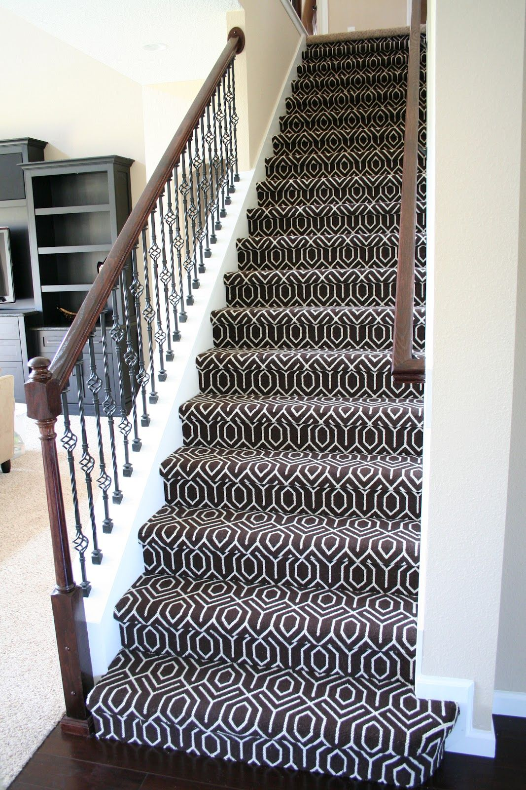Best Vernon Volumes Stair Carpet Carpet Staircase 640 x 480