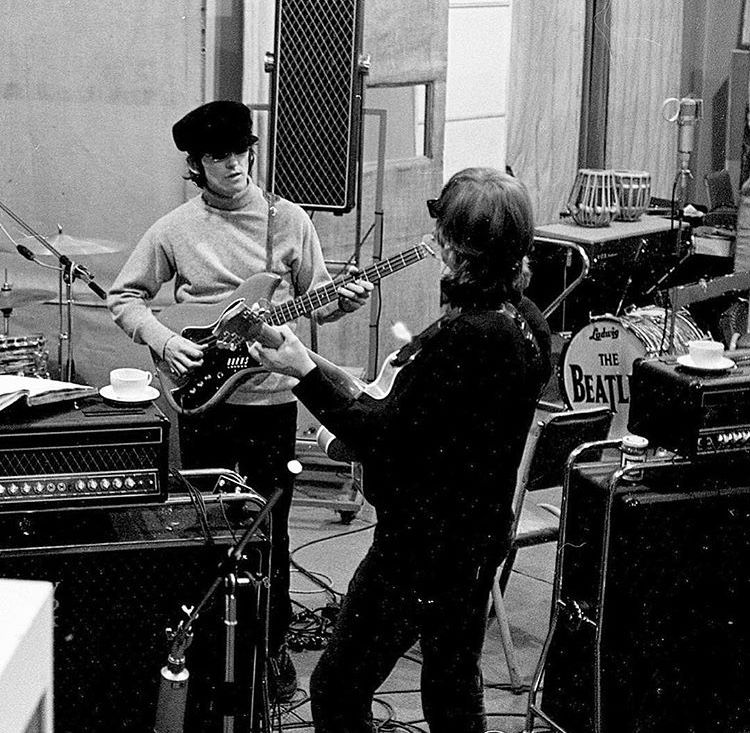 Revolver,,Sessions April 1966 | In the Studio in 2019 | The beatles