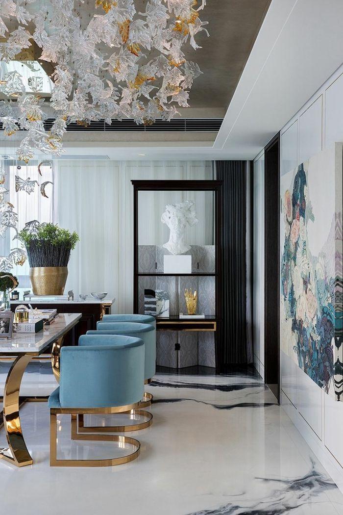 salon comedor, comedor refinado con ornamentos, sillas azules de ...