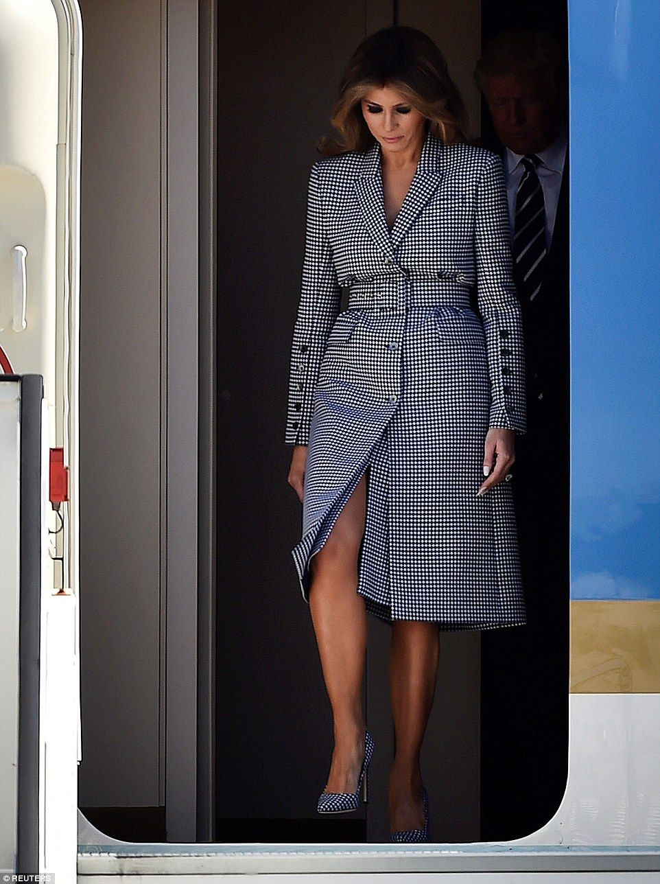 fb5e7fdb52b9 Melania Trump changes outfits and lets her hair down before Brussels ...
