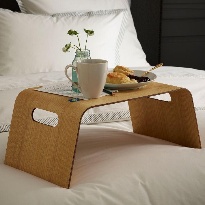 mesa desayuno en la cama para el dia de la madre