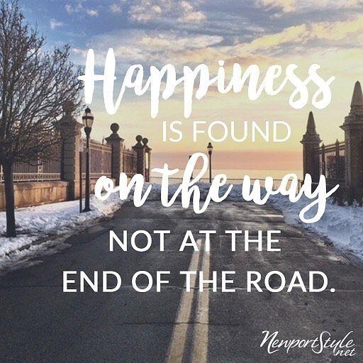 "73 mentions J'aime, 1 commentaires - NewportStyle.net (@newport_style) sur Instagram: ""Enjoy your journey. Happy Monday friends! ⚓️ • #newportstyle #newportri #mondaymotivation…"""