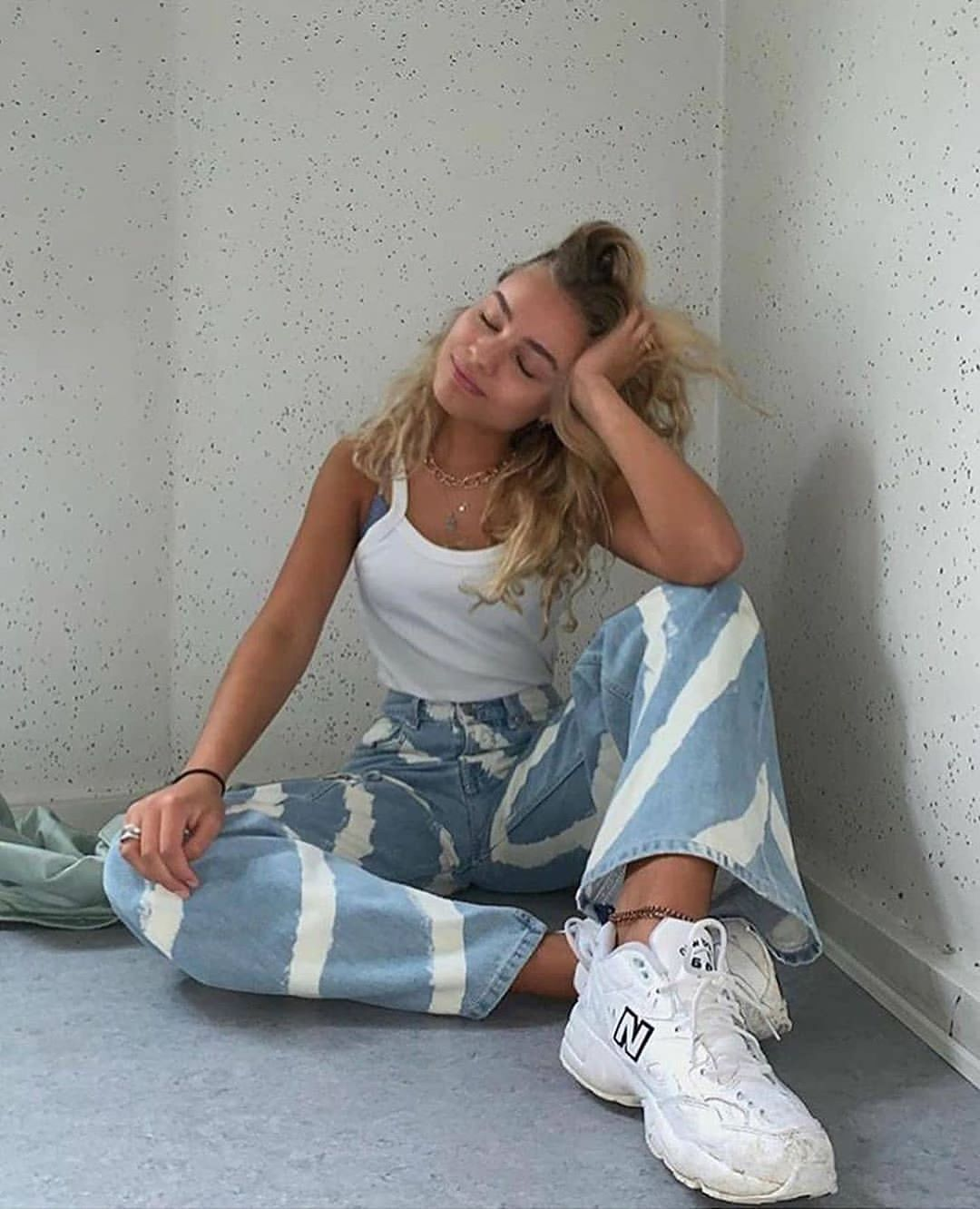 """Photo of Womenswear Streetwear on Instagram: """"What do you think of those jeans?"""" – Michele's Blog"""