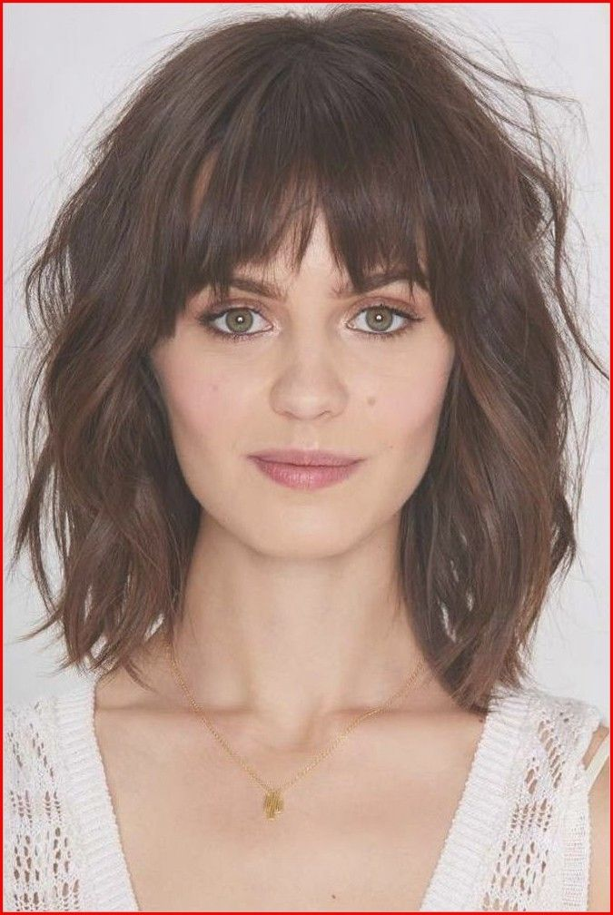 Adorning The Best Hairstyles For Short Hair Simple Hairstyle For Girls Oval Face Hairstyles Long Face Hairstyles Thick Hair Styles