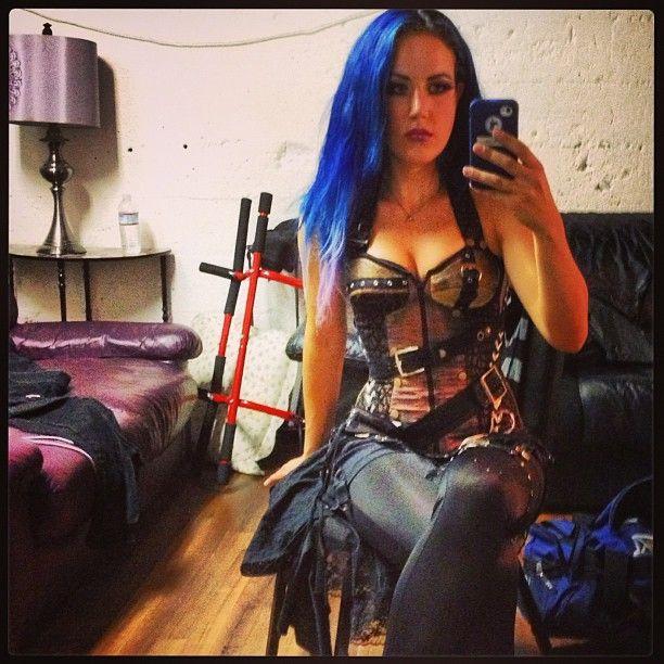 Alissa White-Gluz   Alissa white, Heavy metal girl, Metal girl
