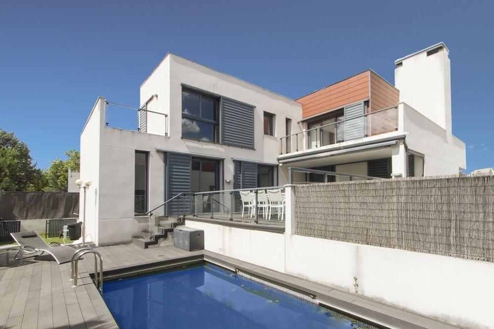 Espectacular casa de diseño en Boadilla del Monte Exclusive design villa in Boadilla del Monte (Madrid)