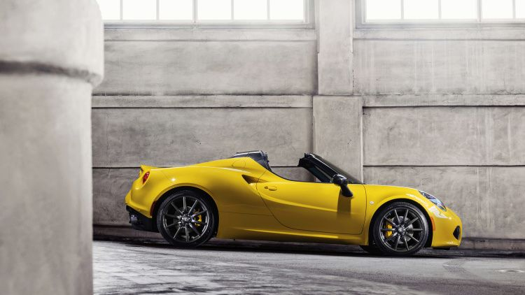 2015 Alfa Romeo 4c Spider Doffs Its Cap In Detroit Cars Alfa