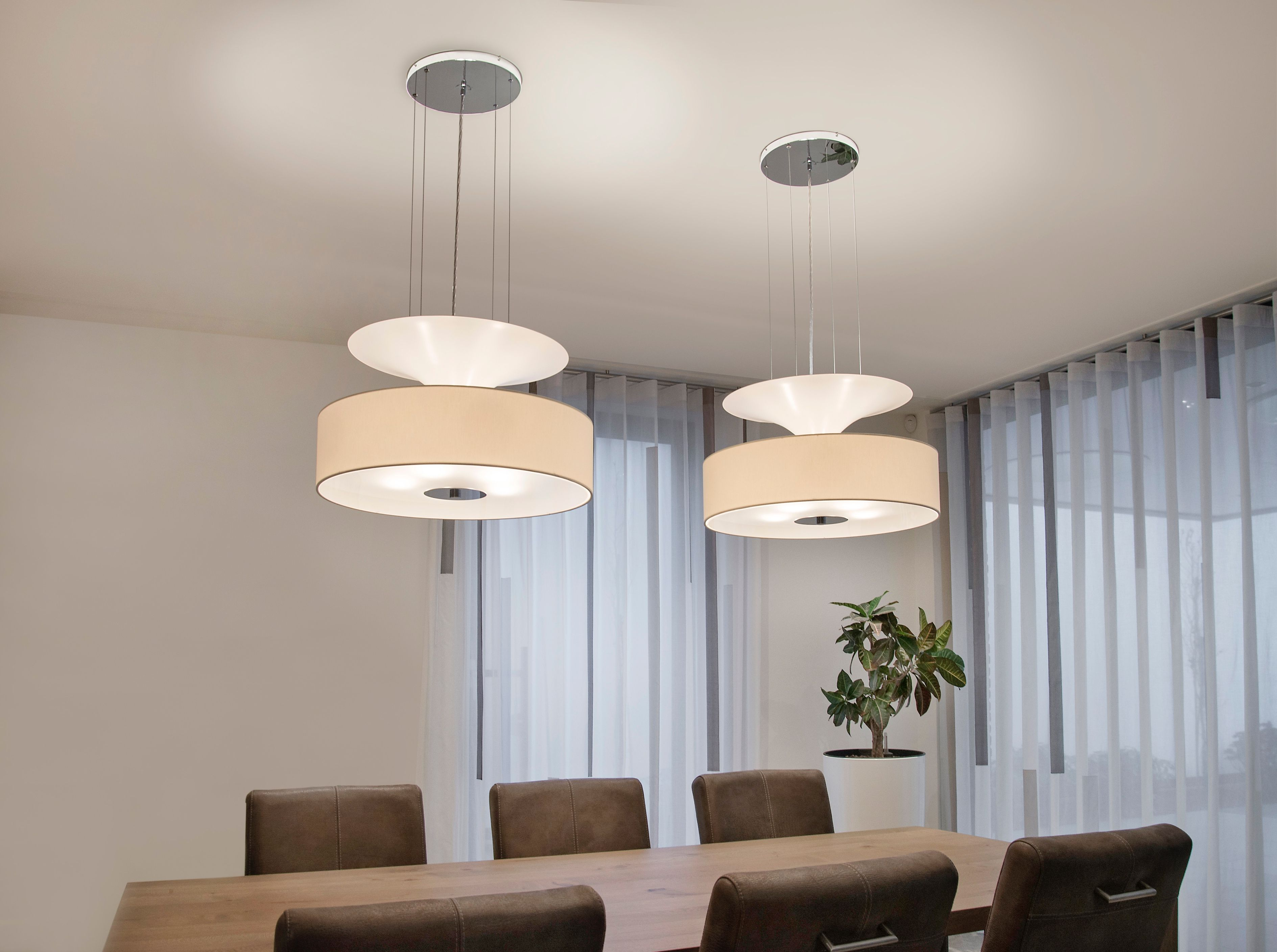 Airwave collection ilfari. this collection exists as a pendant