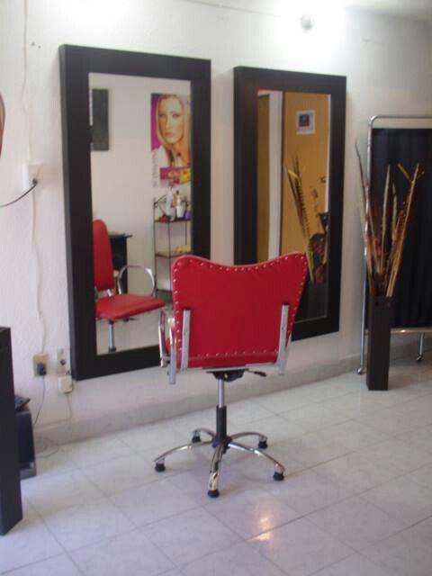 Espejo y silla para estetica peluquer a y belleza for Espejos de diseno para salon