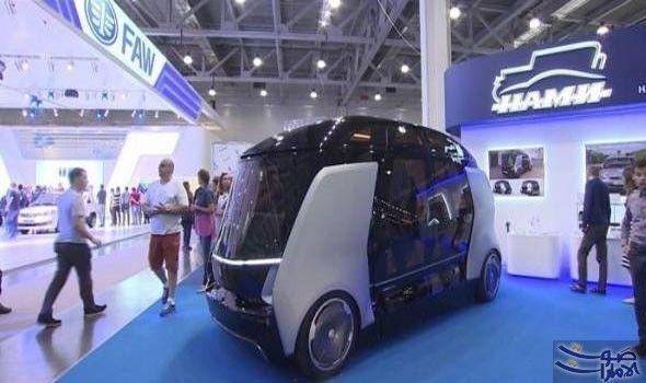 حافلة ذات قيادة ذاتية تعرض في معرض عرض مصنع كاماز المنتج للشاحنات بالتعاون مع معهد تصميم السيارات والمحركات حافلة اختبارية كهربائية Vehicles Car Road