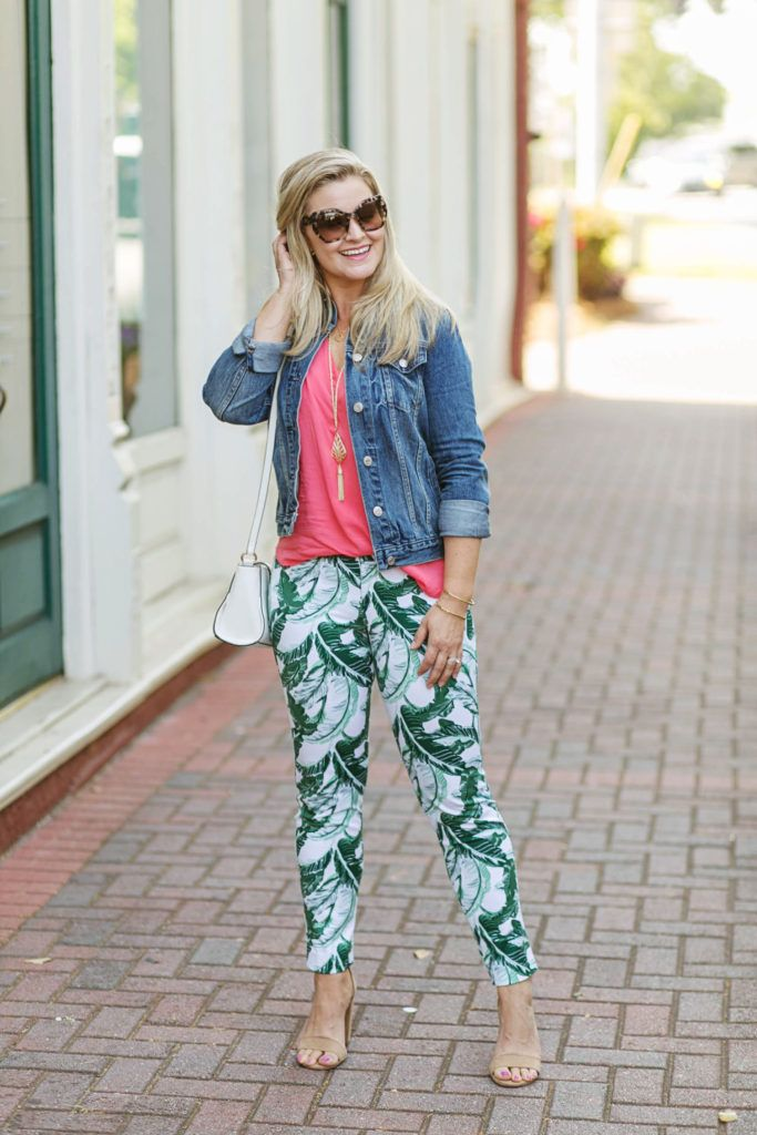 22449e97eec1e Great spring outfit idea with palm print pants and a coral blouse.