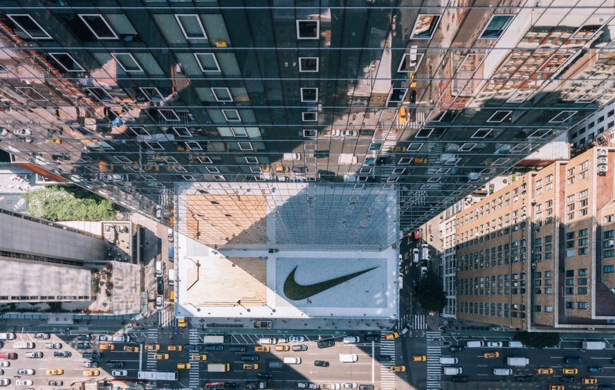 Gorgeous Light Filled Nike Headquarters Opens In New York City Studios Architecture Indoor Basketball Court New York City