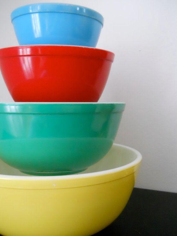 Vintage Pyrex Mixing Bowl Set - FLAWLESS | Pyrex mixing bowls, Pyrex ...