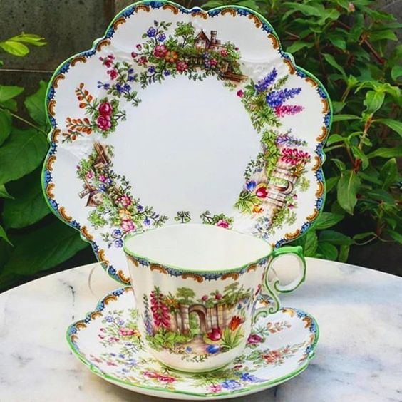 Vintage Teacup in Trio by Aynsley England