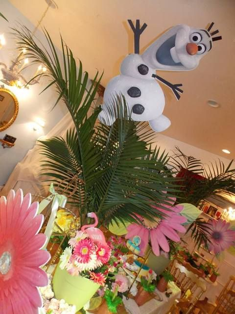 Frozen birthday party - Olaf's Summerland   CatchMyParty.com