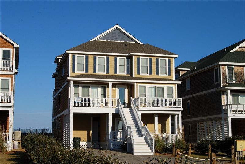 1000  images about homes in the outer banks on Pinterest   Playwright  Vacation  rentals and Kitchenettes. 1000  images about homes in the outer banks on Pinterest
