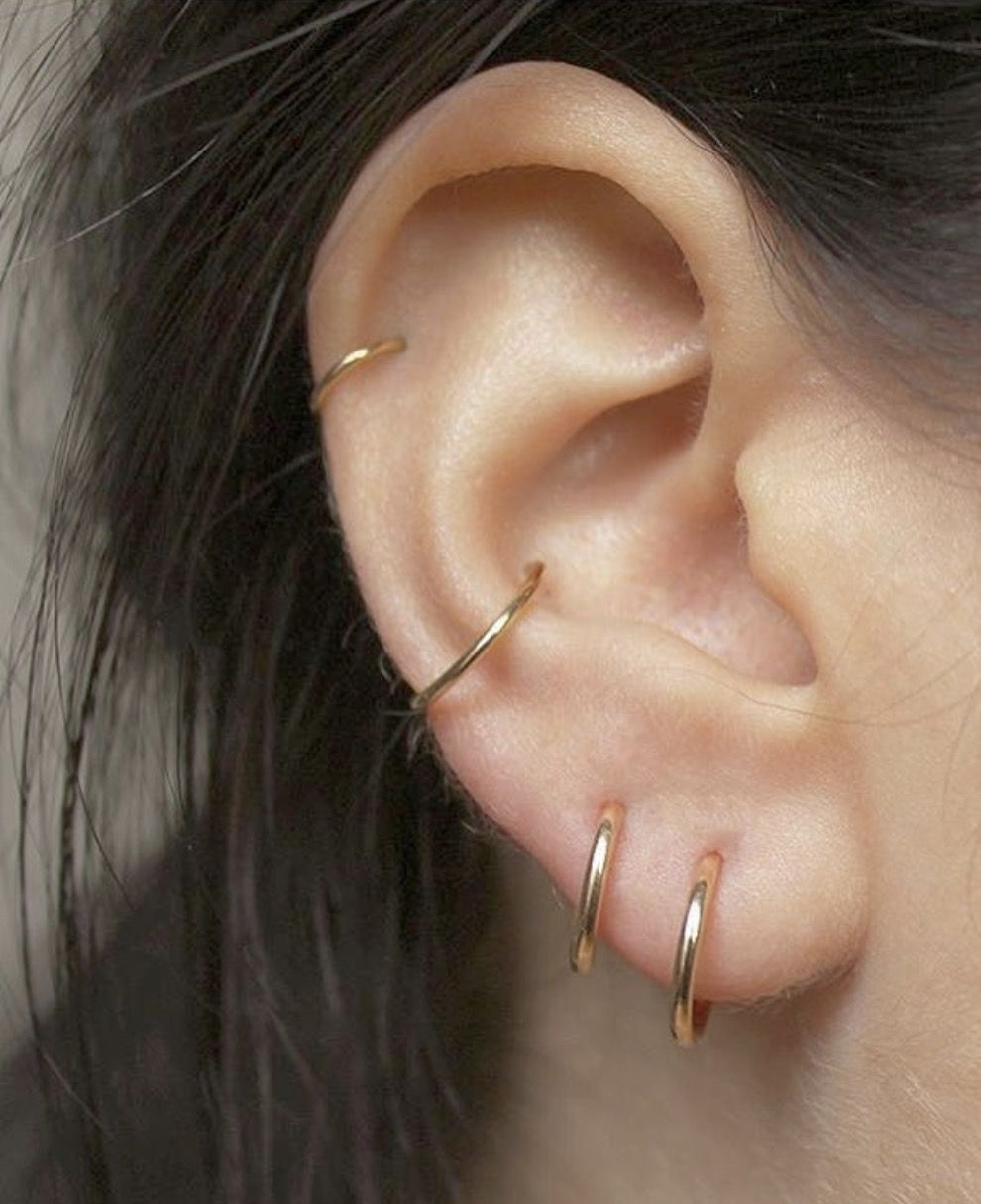 Nose piercing through the middle  Pin by Savannah Pruett on E Y E C A N D Y  Pinterest  Piercings