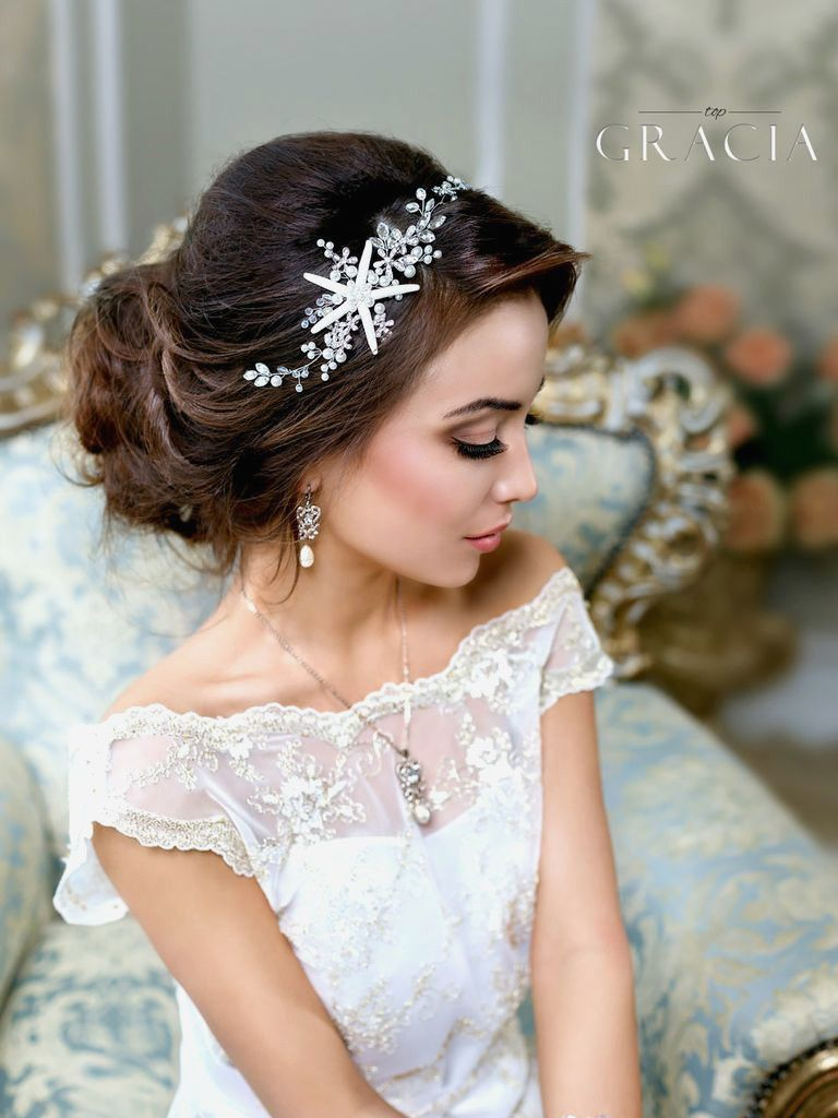 20 breath-taking wedding hair accessories to embrace