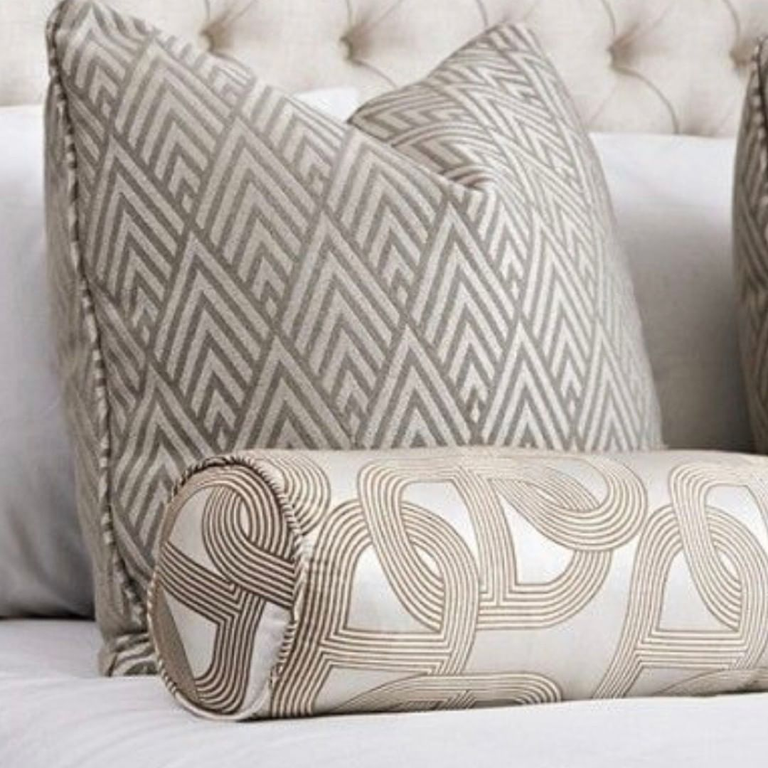 I N T E R I O R S On Instagram Beautiful Details Bed Linens Luxury Luxury Cushions Pillows