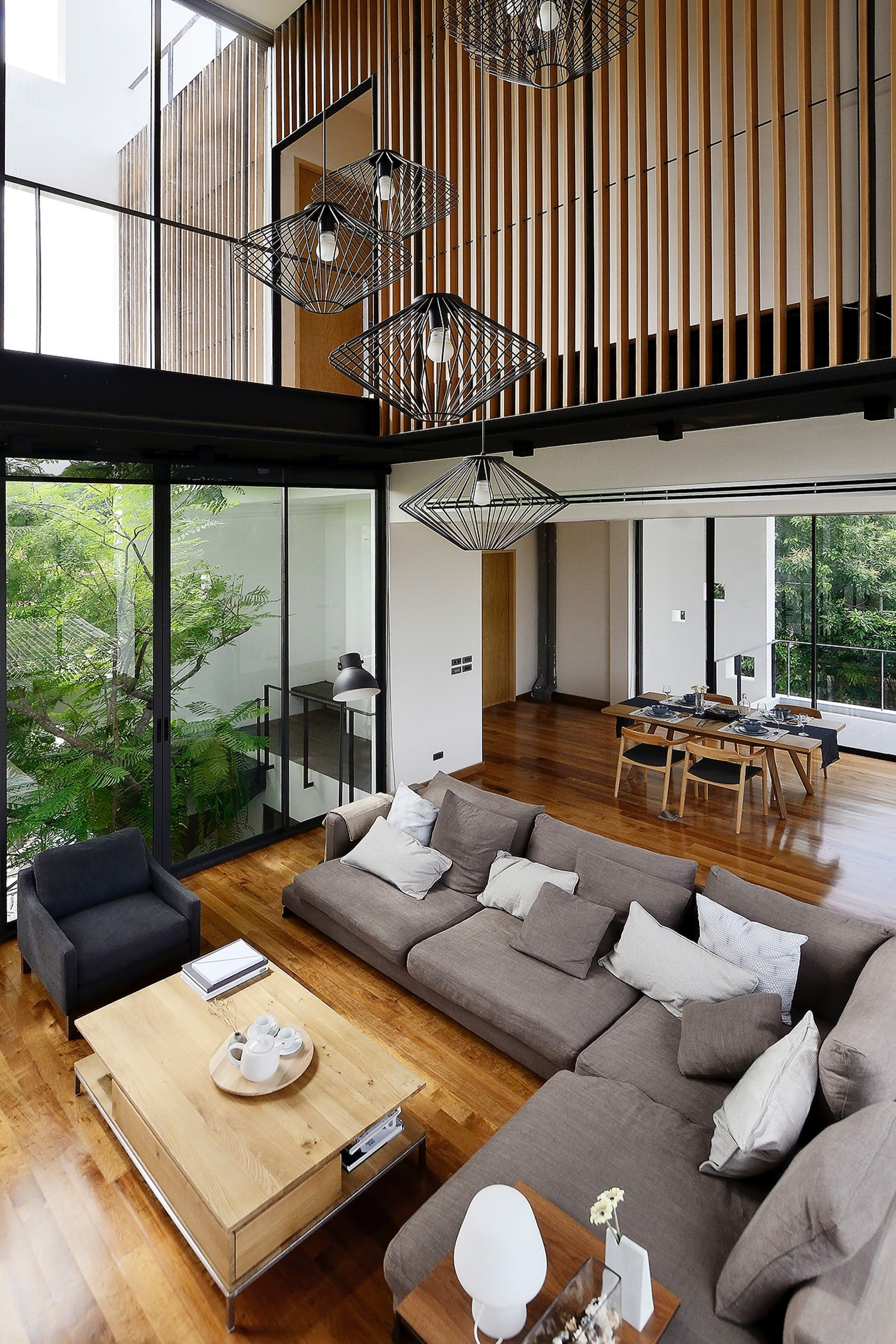 A House For A Photographer And A Landscape Designer Aperture House Frames Its Surrounding Natures Modern House Design High Ceiling Living Room Interior Design
