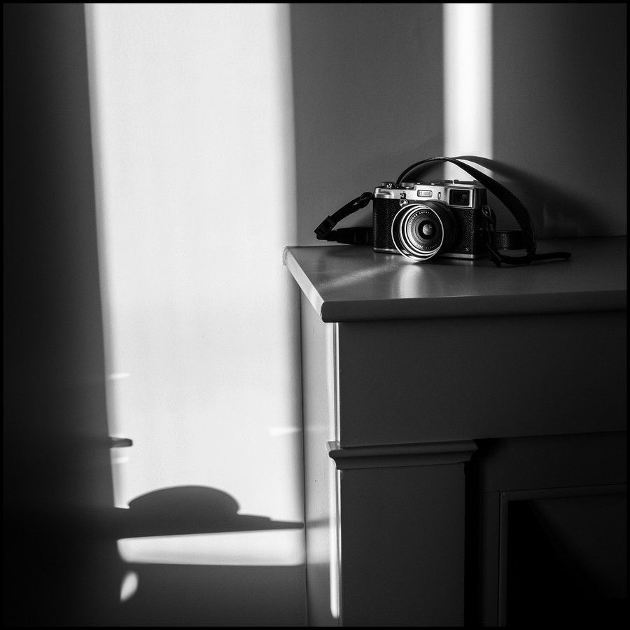 My X100S plays with lights by sillon on 500px