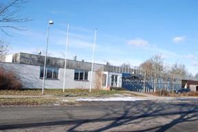 Gode og funktionelle kontorlokaler tæt ved motorvejen i Odense     Gode og funktionelle kontorlokaler i større ejendomskompleks beliggende på hjørnet af Klokkestøbervej og Billedskærervej. Placeringen er god, idet der blot er 4-500 meter til Rosengårdscentret og øvrige faciliteter, ligesom det er dejligt nemt for både kunder og ansatte at komme til lokalerne fra ringvejssystemet og motorvej E20.    Her er linket: http://www.lokaleportalen.dk/fyn-kontor/5230-odensem/billedskaerervej/933