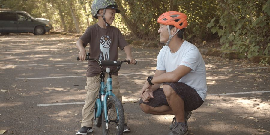 How To Teach A Child To Ride A Bike In 2020 Bike Ride Riding