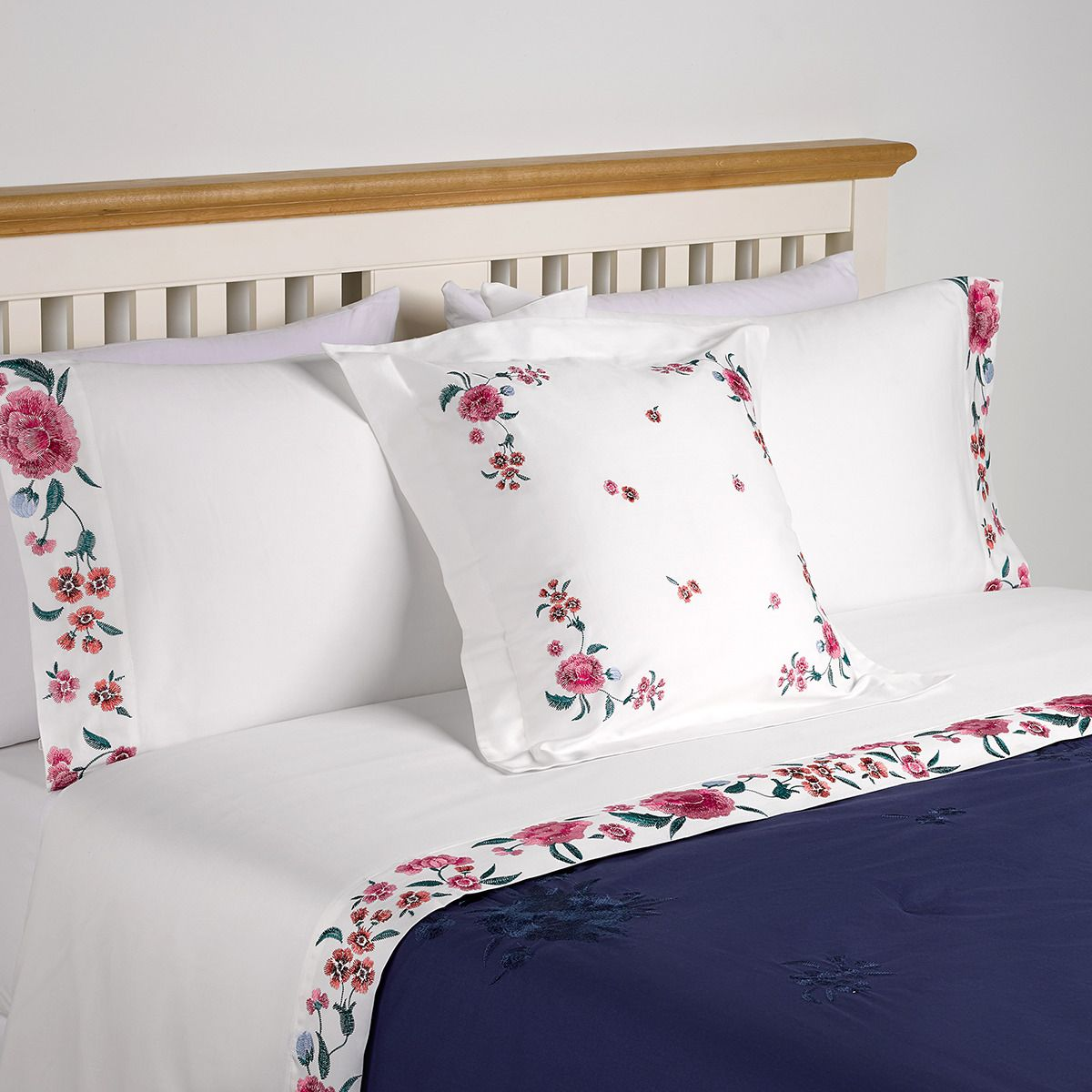 Funda Nordica One Direction El Corte Ingles.Pin By Magaposta On My Works Marianna Gagliardi Bed Pillows