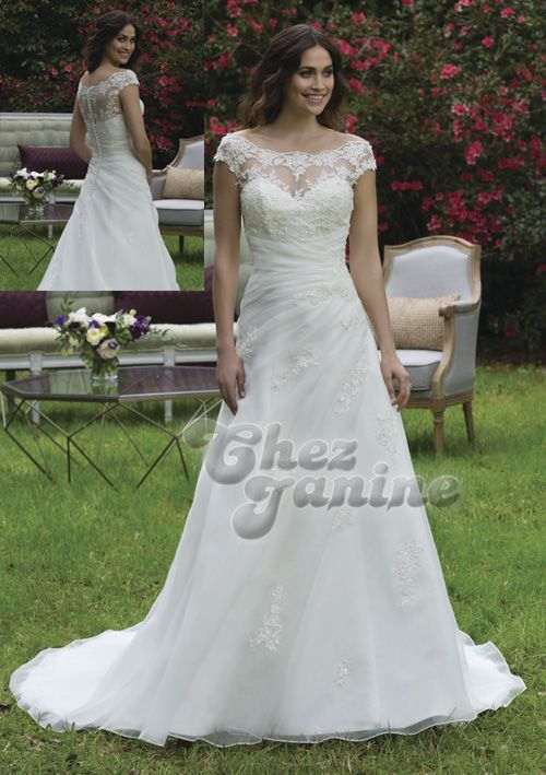 Boutique Chez Janine - Wedding dresses, bridal gowns and dresses for her and him - Large sizes