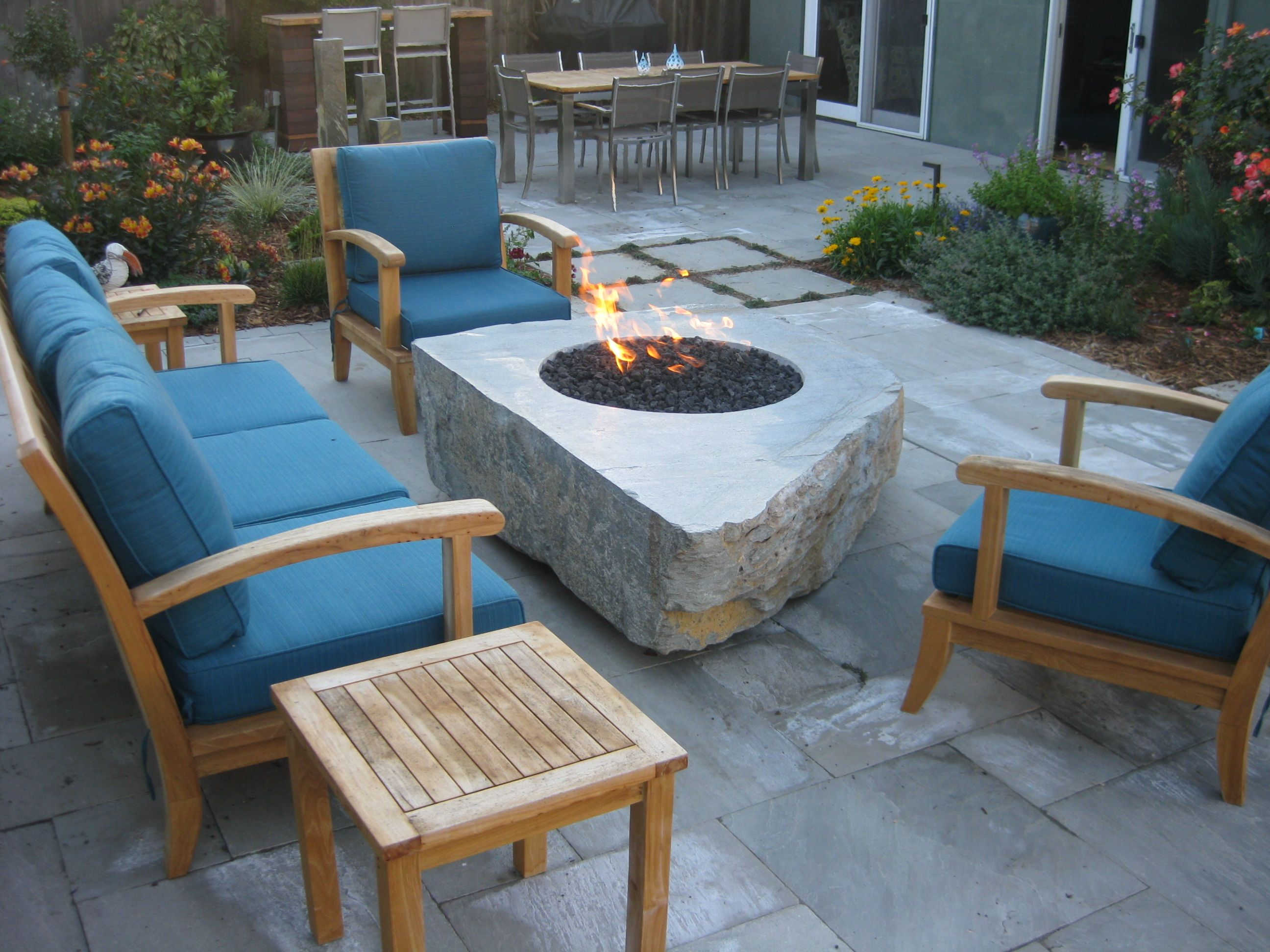 Excellent Pin By Lori Hybarger Jaworsky On Sydney Peak Stone Outdoor Download Free Architecture Designs Itiscsunscenecom