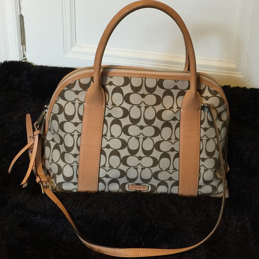 Pre Owned Authentic Coach Bag