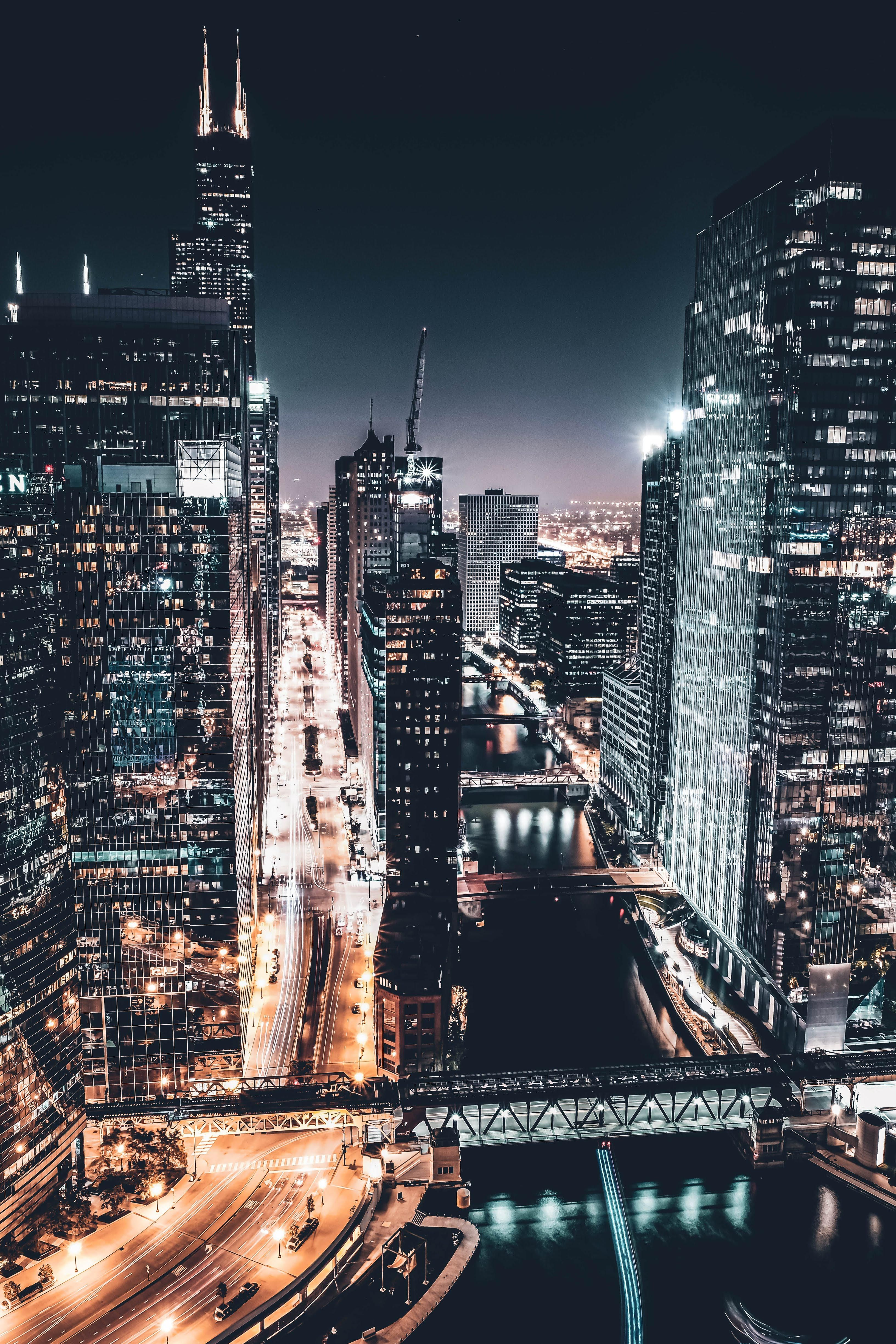 During A Cold Chicago Night City Cities Buildings Photography City Aesthetic City Wallpaper Chicago Aesthetic