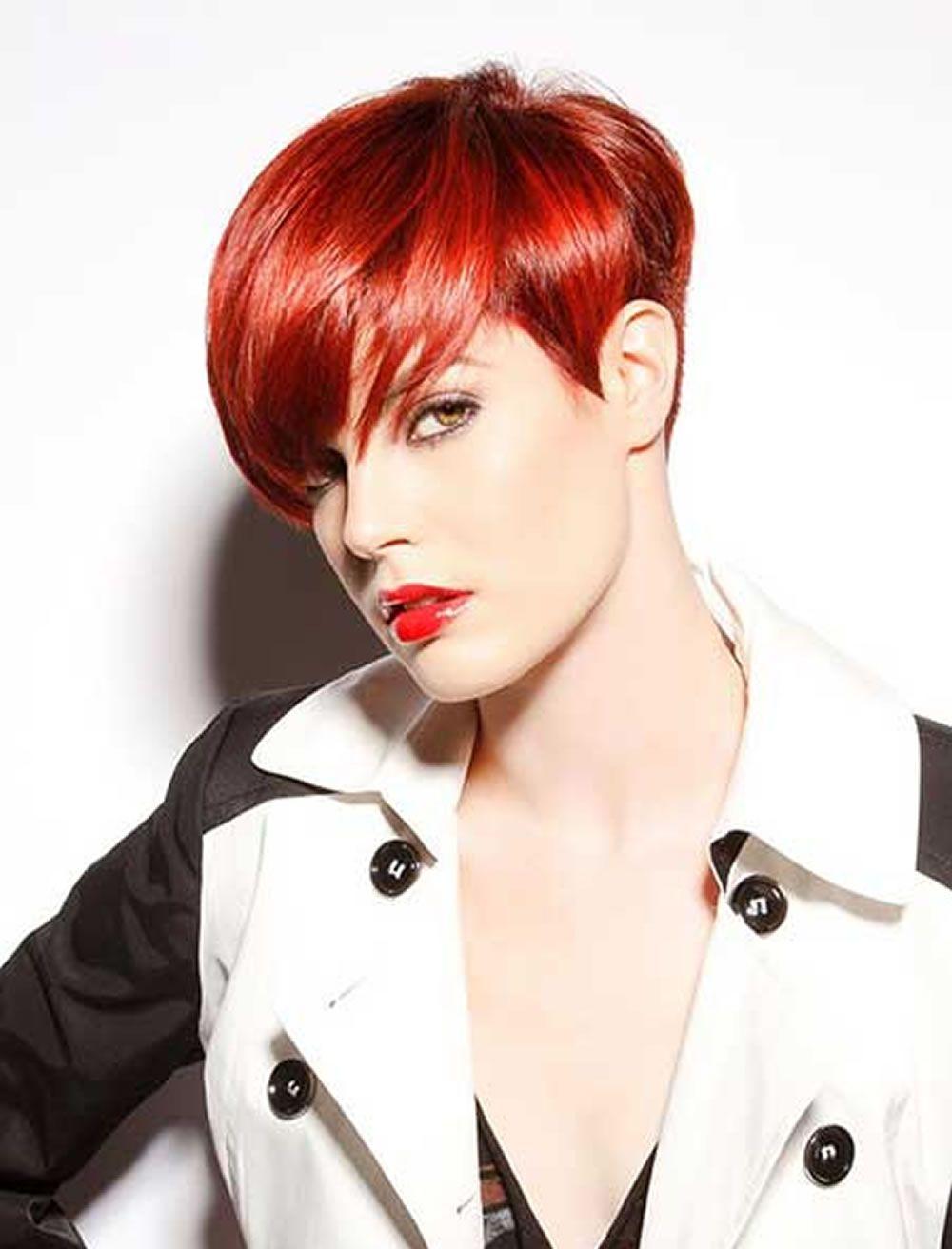 Fraulich - Frisuren für die Frau  Haarfarbe rot, Frisuren kurze