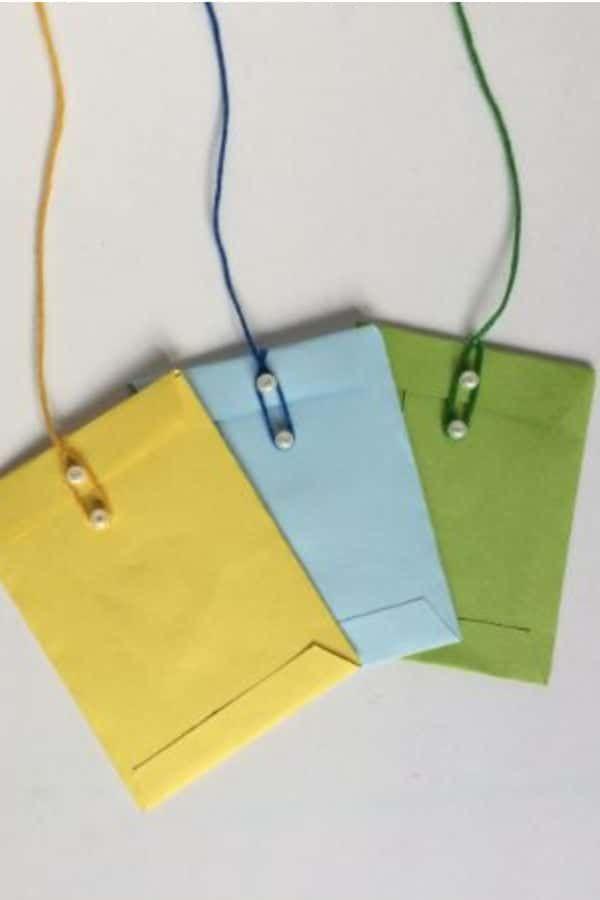 Pin by Brooklyn on Diy envelope in 2020 | Mini envelopes ...