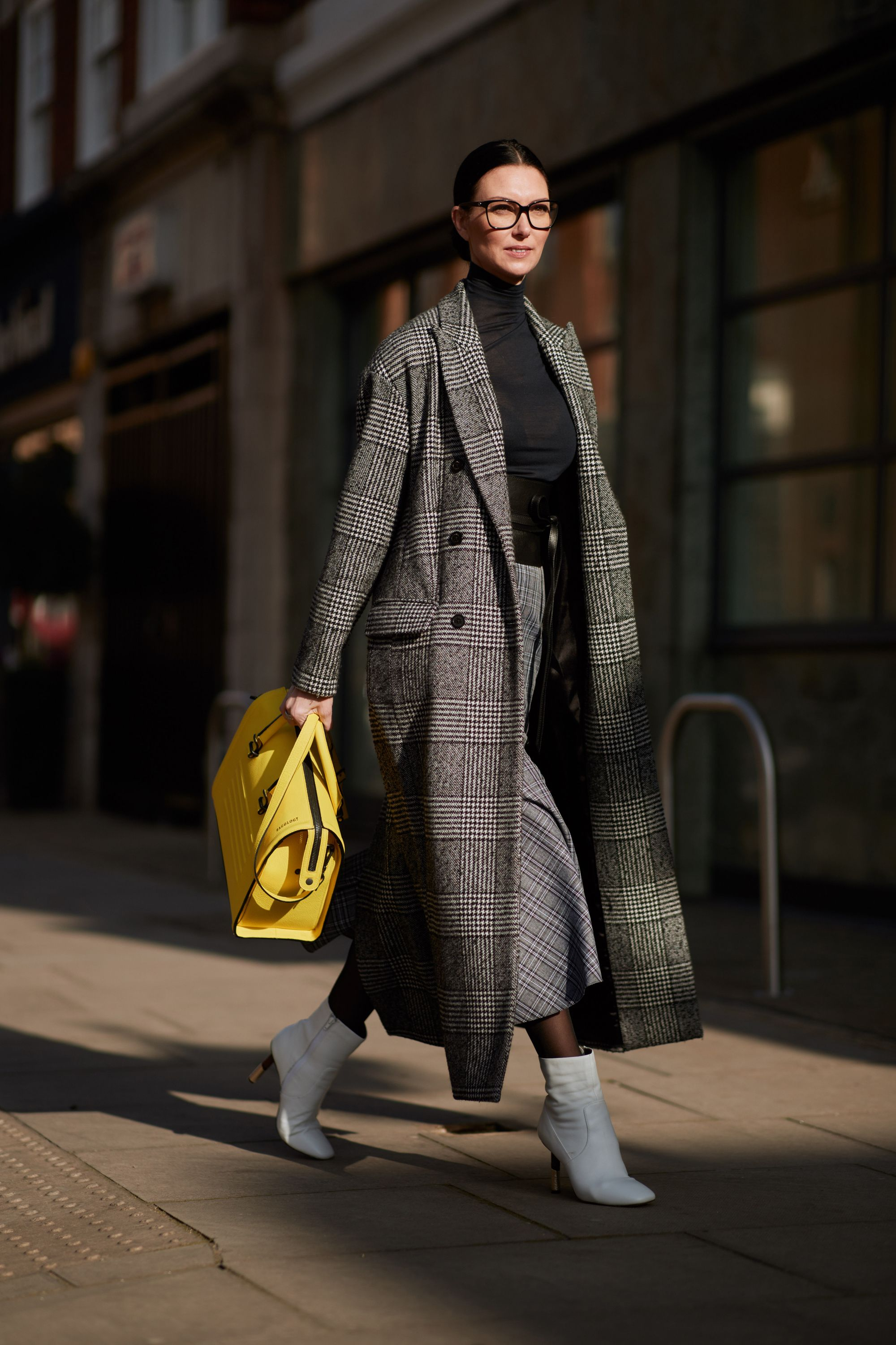 b49f8dc9e0a4 The Best Street Style Moments From London Fashion Week Fall 2018 - A Pop of  Color from InStyle.com