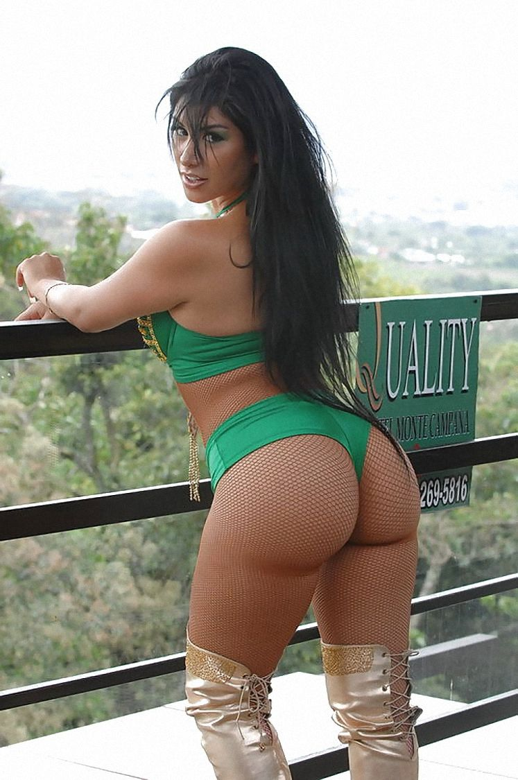 pinامیر طباطبایی on hi | pinterest | latina, curves and curvy