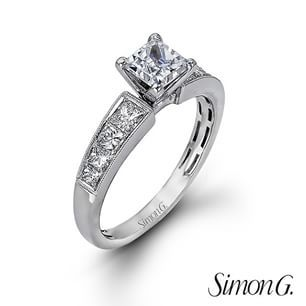 We're loving this classic princess cut. What's your favorite style for an #engagementring? #arthursjewelers  #SimonGjewelry  #SimonG #diamonds #engagement #ring #event April 24-25 @arthursjewelers
