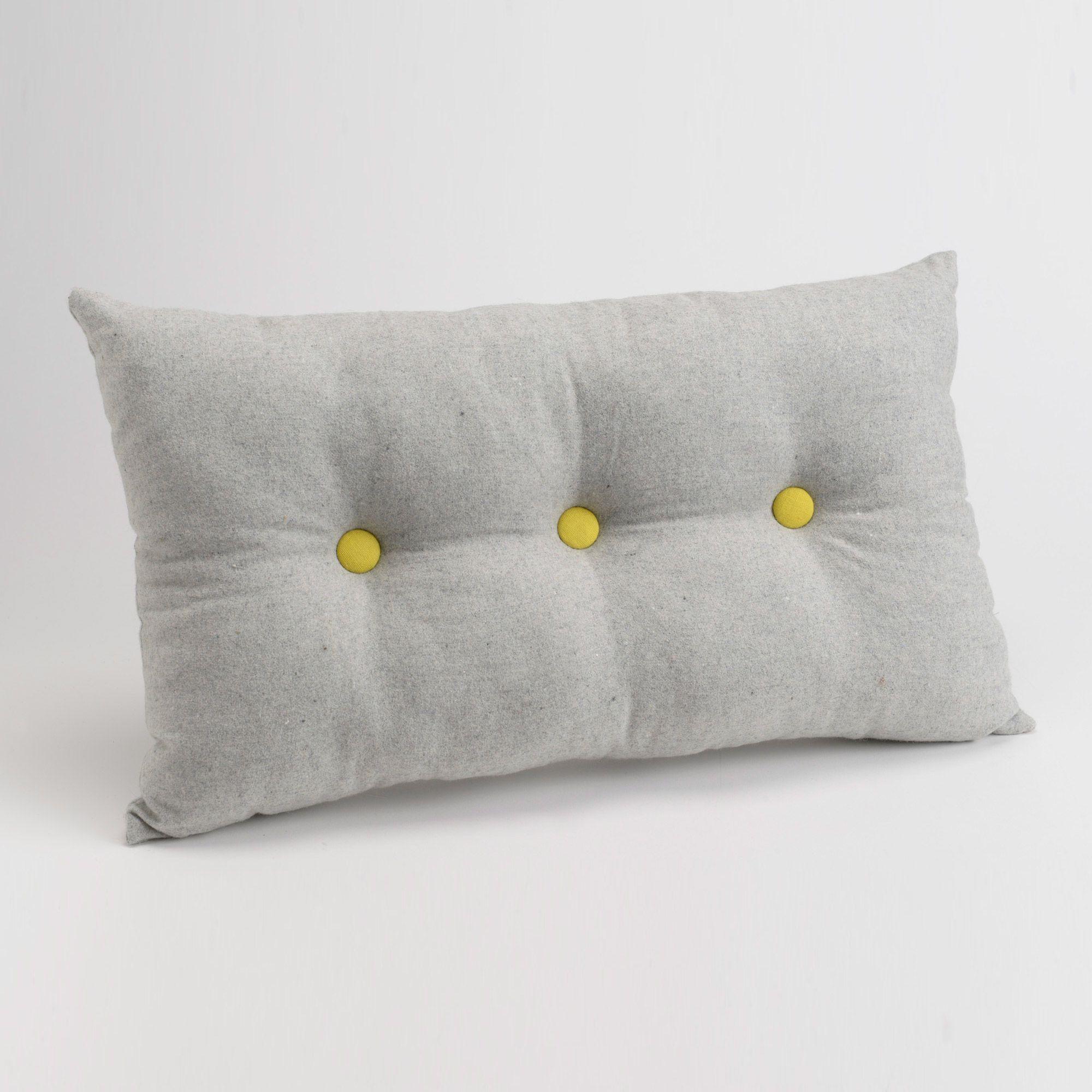 coussin 100 coton boutons capiton s contrast s 30x50cm leo amadeus coussins pinterest. Black Bedroom Furniture Sets. Home Design Ideas