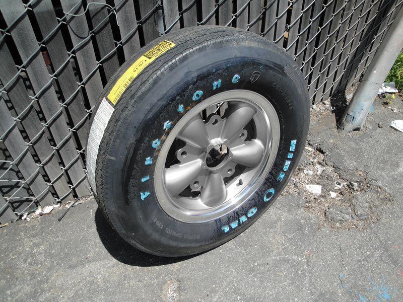 vintage autohaus usa vous propose ces pneus firestone wide oval au look bien old school