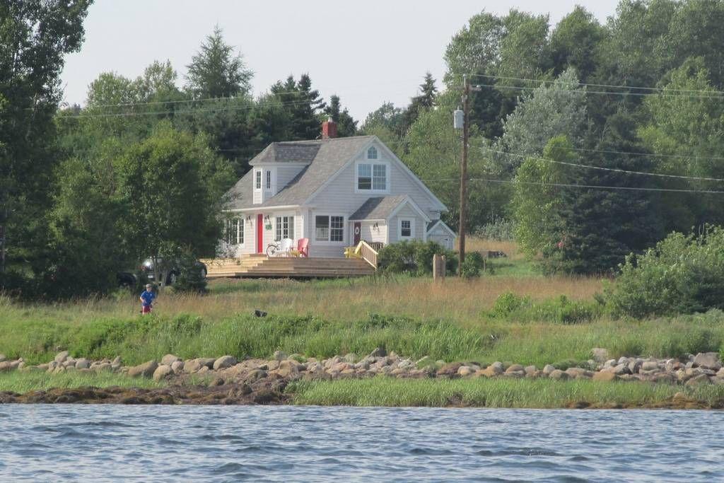 Surprising Entire Home Apt In Lunenburg Canada Beautiful Cottage Beutiful Home Inspiration Semekurdistantinfo