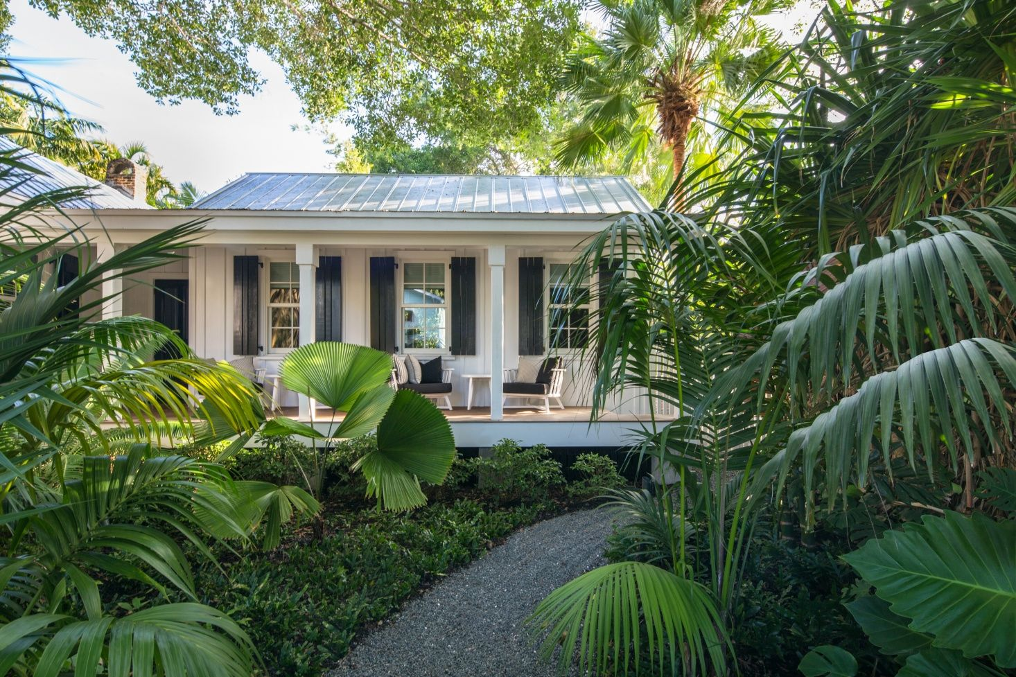 Key West Landscape Architecture How To Design A Tropical Garden In South Florida Key West Landscaping Florida Landscaping Modern Landscape Design