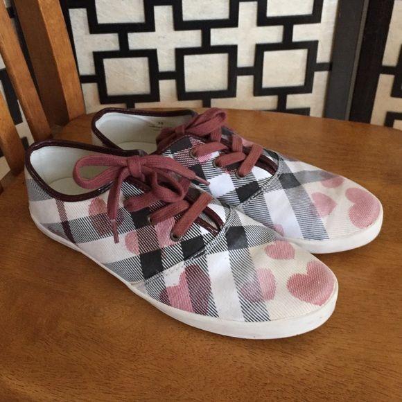 Burberry Heart Nova Check sneakers