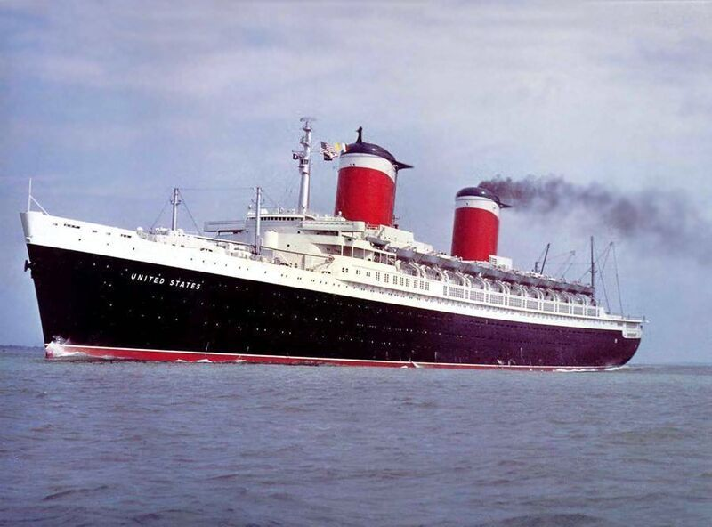 There Are Many Factors That Differentiate An Ocean Liner From A - Cruise ship songs