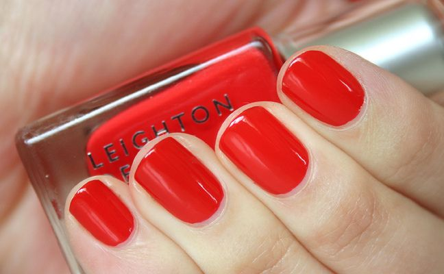 FREE LEIGHTON DENNY NAIL POLISHES WITH HARPERS BAZAAR UK3
