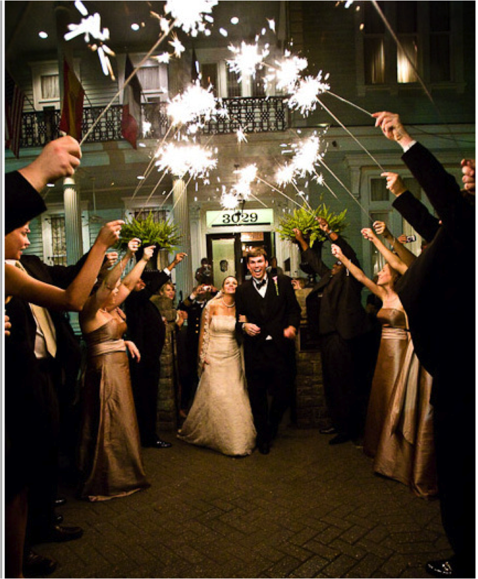 wedding sendoff with sparklers. dream wedding) Pinterest