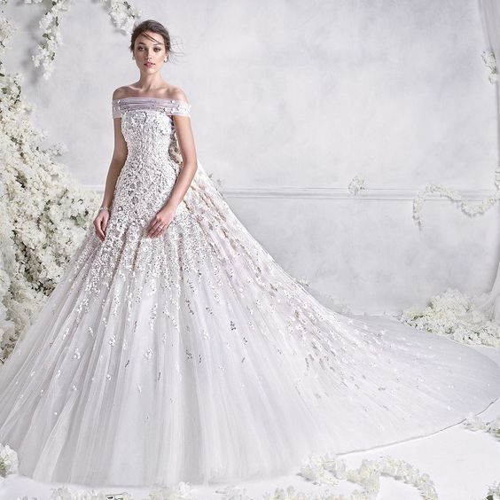If You Don T Already Love Lace Wedding Dresses Amelia Sposa S Latest Bridal Collection Will Have Obsessed