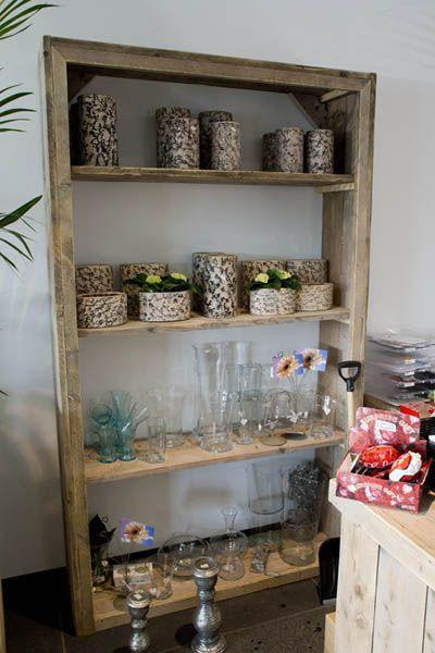 Wohnideen Büro Im Wohnzimmer bauholz regal in verschiedenen größen bauholz möbel küche