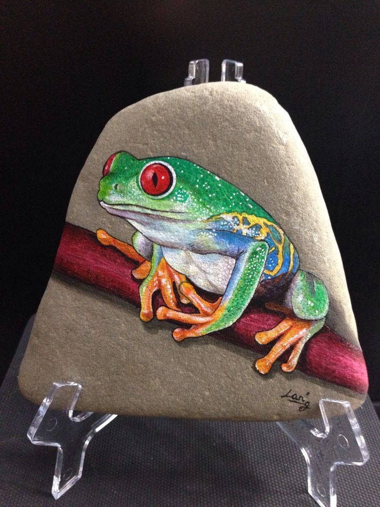 original hand painted signed rock stone red eyed tree frog en 2018 painted rocks pinterest. Black Bedroom Furniture Sets. Home Design Ideas